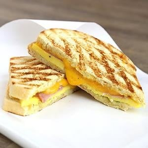 HotBreakfastSandwich_cafe_breakfast.jpg